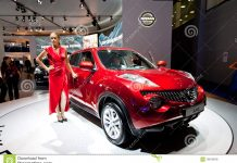 red-jeep-car-nissan-juke-19610878